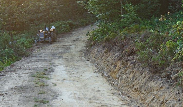 To *NIE* jest wymarzony szlak dla rowerzysty. Fot. Natasza Figiel